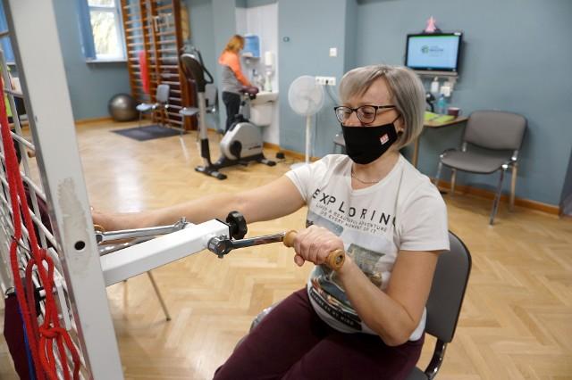 W Kujawsko-Pomorskiem w czterech placówkach medycznych realizowany jest kompleksowy program rehabilitacji po chorobie Covid-19 w trybie stacjonarnym i w leczeniu uzdrowiskowym.