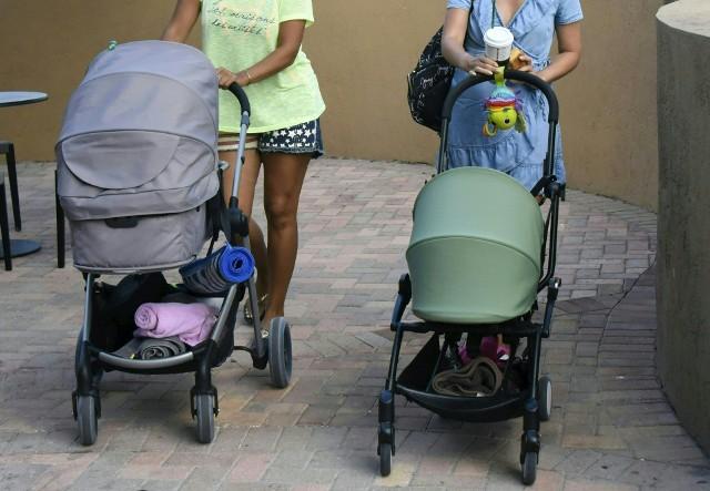 Rosjanki chętnie przyjeżdżają rodzić dzieci do Sunny Isles Beach na Florydzie