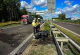 Łyski. Groźny wypadek motocyklisty. Pożar motocykla, S8 zablokowana (zdjęcia)