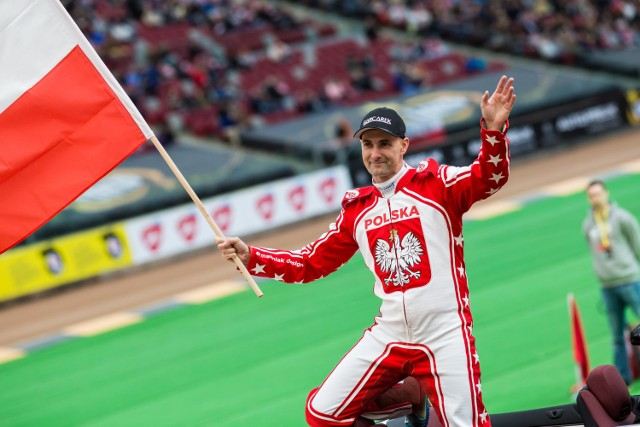 Z reprezentacją Tomasz Gollob pożegnał się w maju tego roku, ale w lidze nadal będzie jeździł.