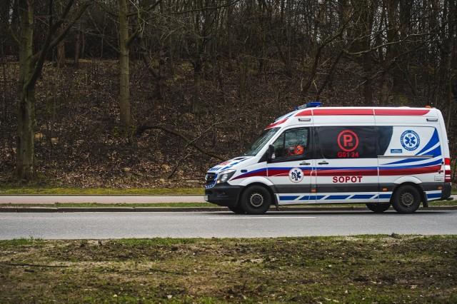 Badaniom na obecność koronawirusa poddani zostaną wkrótce m.in. pracownicy pogotowia ratunkowego