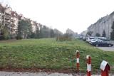 Kraków. Mieszkania dla żołnierzy zamiast parku? Kurdwanów protestuje