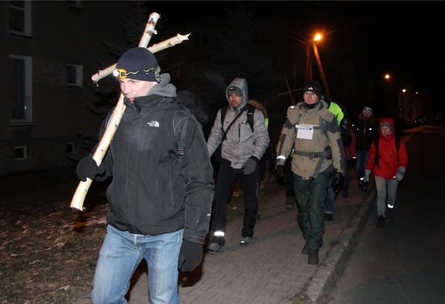 W ekstremalnej drodze krzyżowej każdego roku bierze udział grupa zaprawionych w bojach śmiałków