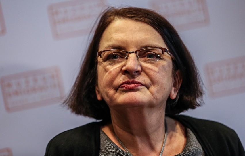 Małgorzata Rybicka: Czuję się bezradna i upokorzona. Ten taniec na grobach bardzo boli