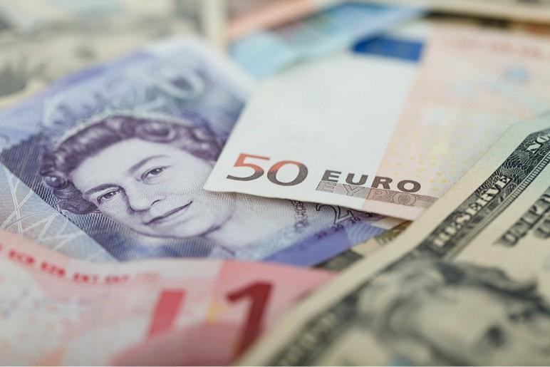 Chcesz zarobić na walutach? Dziś warto inwestować w funta