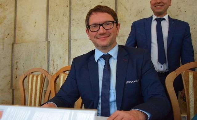 """,,Jestem przeciwnikiem dyskryminacji w każdym aspekcie"""" - radny Paweł Kurkiewicz"""