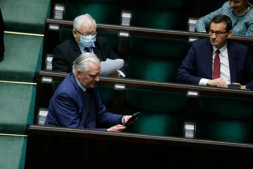 Problem z Polskim Ładem. Muller: Ustawa trafi do konsultacji...