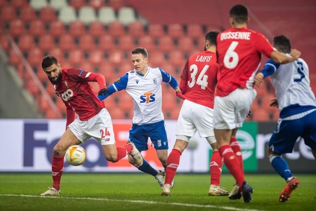 Jan Sykora ma przed sobą kluczową rundę, aby przekonać władze Lecha i Macieja Skorżę, że powinien grac w Lechu. W Kolejorzu Czech do tej pory rozegrał 35 meczów, w których strzelił 1 gola i zaliczył 5 asyst.