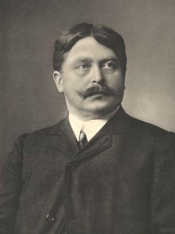 Herman Gutzmann zmarł w listopadzie 1922 roku. Jedna z berlińskich ulic nosi jego imię. W ślady H. Gutzmanna poszedł jego syn Hermann junior (1892-1972).