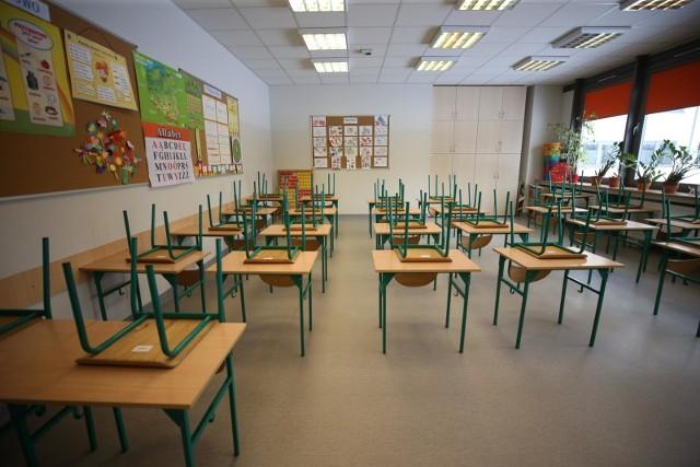 Powrót uczniów do szkół stoi pod dużym znakiem zapytania.