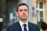 Marcin Ociepa zarzuca Jarosławowi Gowinowi zmianę kursu Porozumienia. Odnosi się też do pogłosek na temat żony w radach nadzorczych spółek