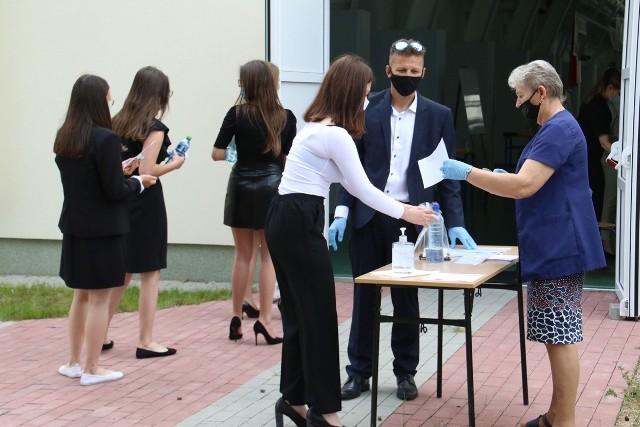 Maturzyści w Samorządowym Liceum Ogólnokształcącym w Stalowej Woli