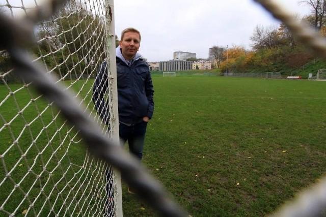 Krzysztof Gralewski rozpoczął od modernizacji boisk treningowych