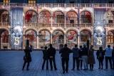 Niezwykły pokaz na Wawelu. Dziedziniec zamienił się w salę projekcyjną
