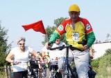 """Honorowa odznaka """"Za Zasługi dla Turystyki"""" dla cyklisty z Kruszwicy"""