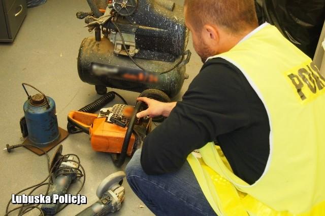 Łupem mężczyzny padały elektronarzędzia, narzędzia oraz inne przedmioty