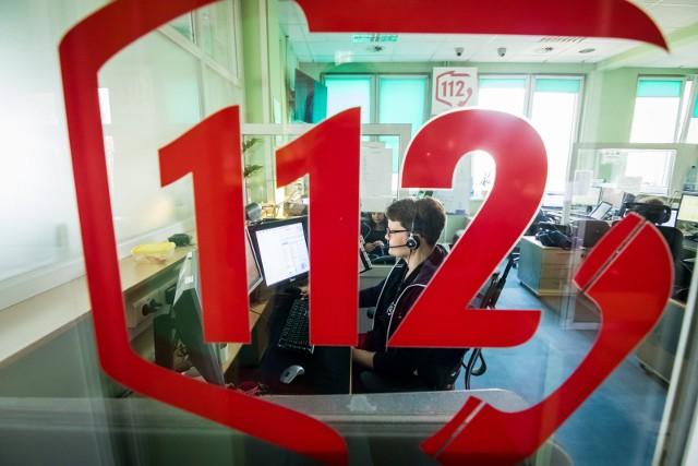 Kobieta zadzwoniła na numer alarmowy 112 i powiadomiła służby o wydarzeniach, które... nie miały miejsca