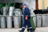 Mija miesiąc rewolucji śmieciowej. Jak sobie radzą dolnośląskie miasta?