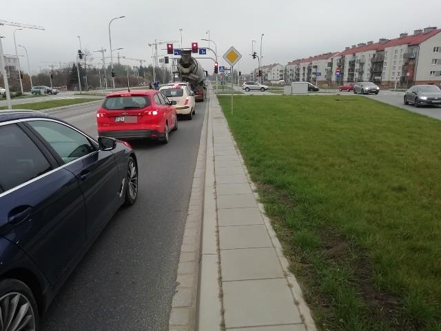 Skrzyżowanie ul. Buforowej i Kajdasza będzie przebudowane. Na samej ulicy powstaną też zatoki parkingowe