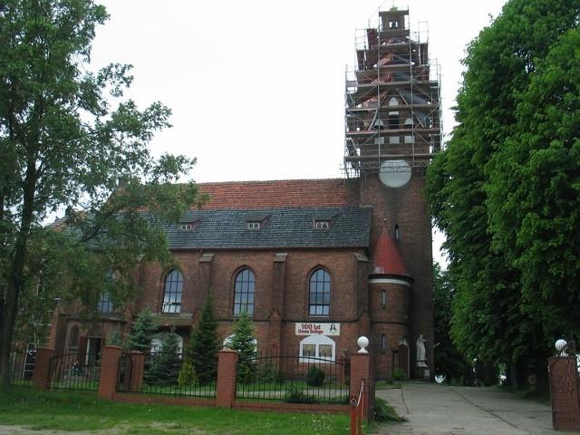 Kościół na os. Krzepów ma sto lat. Na pełny lifting brakuje jeszcze środków