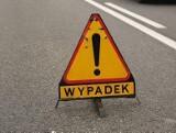 Wypadek w Przysiece. Zderzyły się trzy samochody osobowe. Na miejscu działają służby