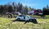 Gmina Limanowa. Zderzenie dwóch samochodów. Wypadek w Starym Rybiu wyglądał bardzo groźnie
