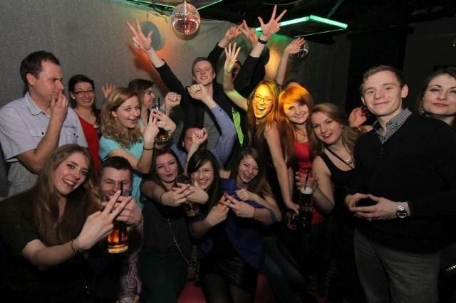 Tańce i barwne pokazy na ostatni weekend karnawału we Wrocławiu