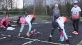 Mikołajkowe zawody lekkoatletyczne w Koluszkach. Rywalizowano w biegach i sztafecie