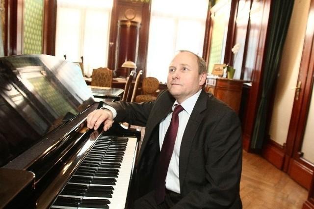 Rektor Akademii Muzycznej, prof. Cezary Sanecki