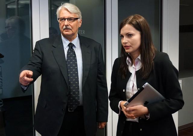 Witold Waszczykowski stracił stanowisko ministra spraw zagranicznych. Jego była doradczyni Sylwia Ługowska-Bulak będzie teraz doradzała nowemu szefowi polskiej dyplomacji