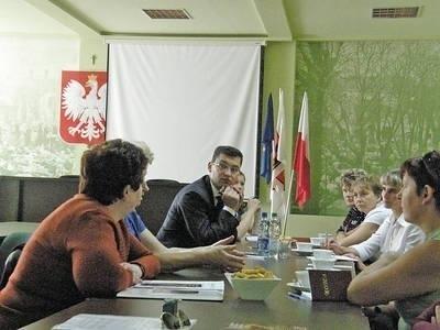 Przedstawicielki KGW rozmawiały w magistracie o tegorocznym półfinale Małopolskiego Festiwalu Smaku Fot. Magdalena Uchto