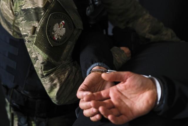 Na granicy w Korczowej zatrzymano 28-letniego Litwina poszukiwanego Europejskim Nakazem Aresztowania.