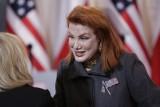 Ambasador USA Georgette Mosbacher pomagała w pracy przy wydawaniu wiz – zajmowała się depozytem telefonów. Trwa walka o program bezwizowy