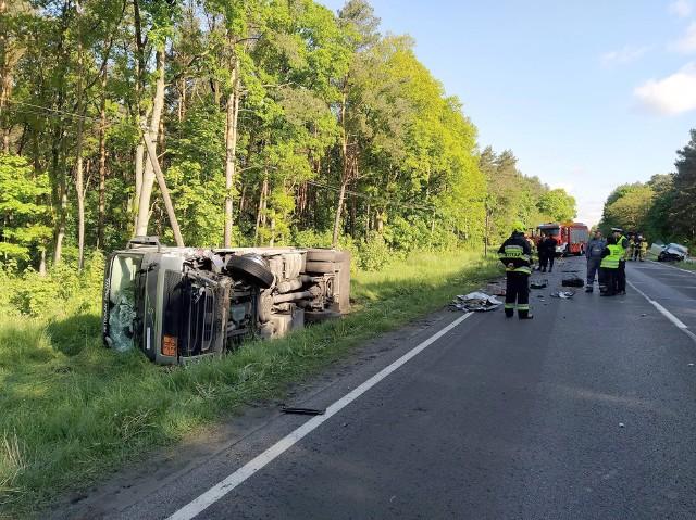Do zderzenia doszło przed godziną 7. Trasa Bydgoszcz-Inowrocław została zablokowana