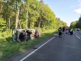 Zderzenie cysterny z autem osobowym na DK 25 w Nowej Wsi Wielkiej pod Bydgoszczą [zdjęcia]