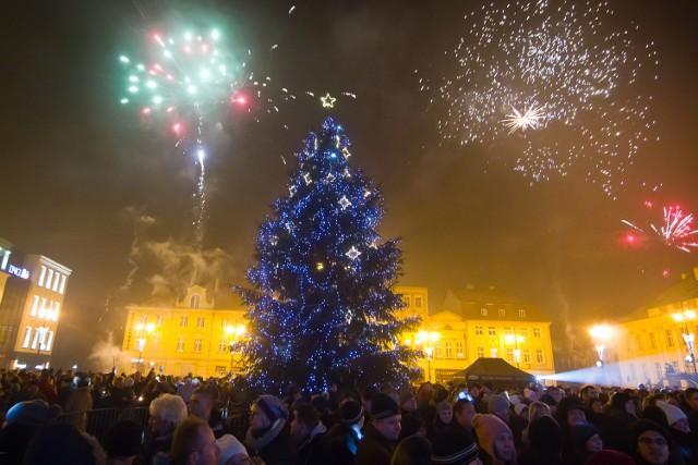 Nowy Rok jak zawsze powitamy fajerwerkami. Używajmy ich zgodnie z instrukcją i przeznaczeniem