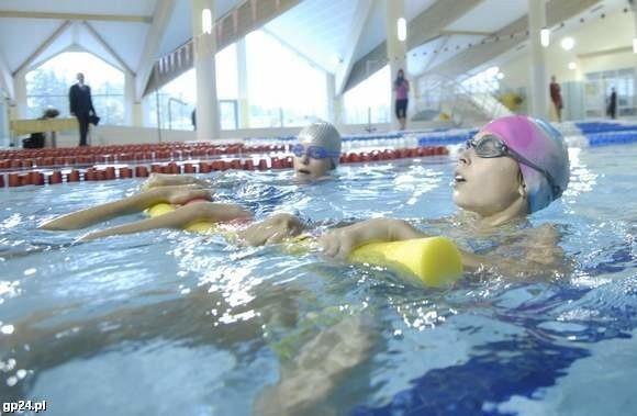 Konkurs dla kinomaniaków i amatorów pływania.