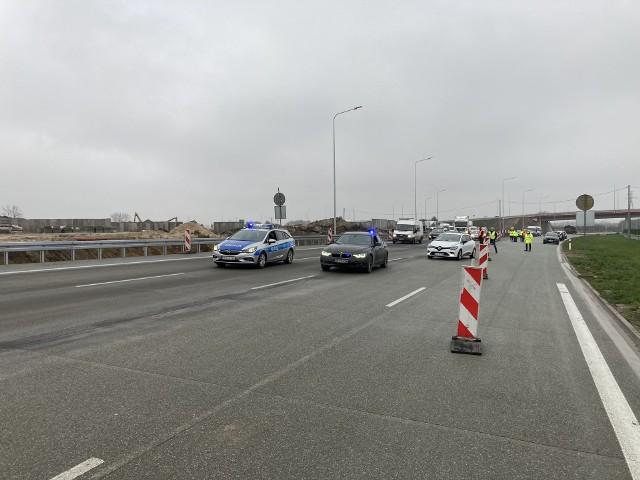 Na odcinku od Grójca do Tarczyna trwają ostatnie prace, nową trasą jeżdżą już samochody.