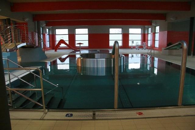 """W czwartek na basenie """"Kasztelanka"""" w Międzyrzeczu odbędą się zawody pływackie. Organizatorzy zapraszają do udziału dzieci ze szkół podstawowych."""