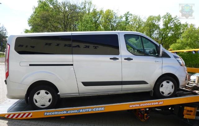 Policjanci z Opola zwrócili już właścicielowi zabezpieczone samochody.