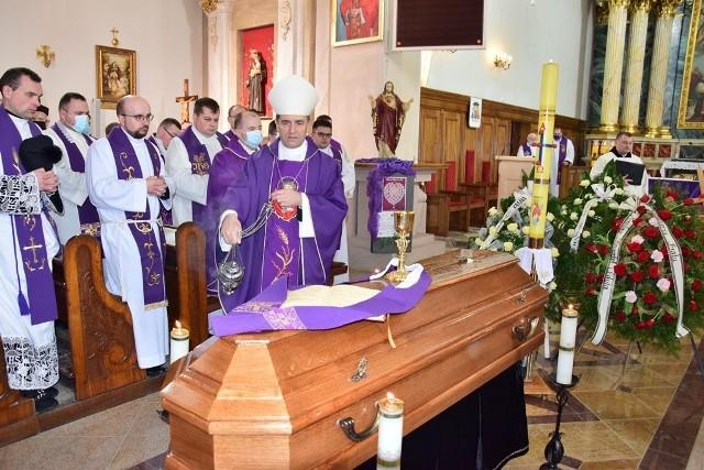 Pogrzeb ks. Mariusza Muchy. Duchowny zmarł w środę, 17 lutego w wieku 33 lat