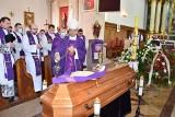 Pogrzeb księdza Mariusza Muchy w Brańsku. Duchowny zmarł w środę, 17 lutego. Odszedł w wieku 33 lat [ZDJĘCIA]