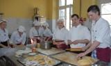 Czwartkowe obiady gotują z kucharzem z Top Chefa