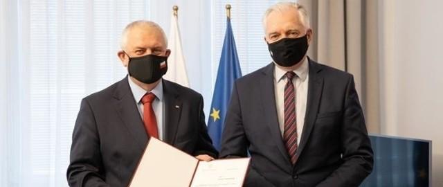 Jednym z polityków, którzy byli przeciw wystąpieniu Porozumienia z koalicji rządzącej jest Grzegorz Piechowiak, poseł pochodzący z Piły.