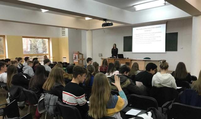Bezpłatne zajęcia dla młodzieży to już tradycja opolskiej Wyższej Szkoły Zarządzania i Administracji.