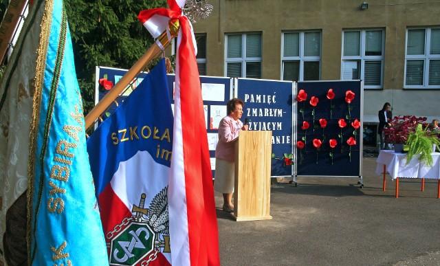 Uroczystość z okazji Dnia Sybiraka w Szkole Podstawowej nr 17 im. Sybiraków w Grudziądzu.