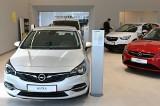 Opel i Peugeot wracają do Kielc. Nowoczesny salon samochodowy czeka na klientów (WIDEO, zdjęcia)