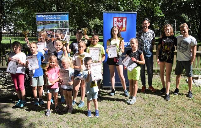W Parku Linowym w Inowrocławiu podczas letnich zawodów sprawnościowych rywalizowały dzieci i młodzież