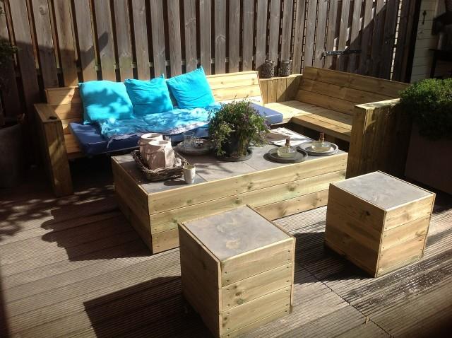 Impregnacja drewna Drewno trzeba impregnować regularnie. Co kilka miesięcy albo lat. Wszystko zależy od użytego preparatu.
