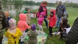 Wędkarski Dzień Dziecka na zalewie Zrębin. Mimo złej pogody atmosfera była doskonała (ZDJĘCIA)